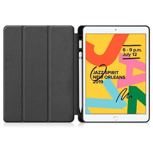 Productafbeelding van de Just in Case Smart Tri-Fold Case (met Pencil houder) Black Apple iPad 2019/iPad 2020