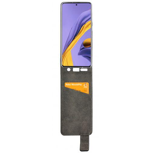Productafbeelding van de Mobilize Classic Gelly Flip Case Black Samsung Galaxy A51 4G