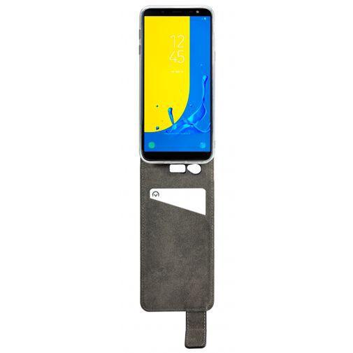 Productafbeelding van de Mobilize Classic Gelly Flip Case Black Samsung Galaxy J6
