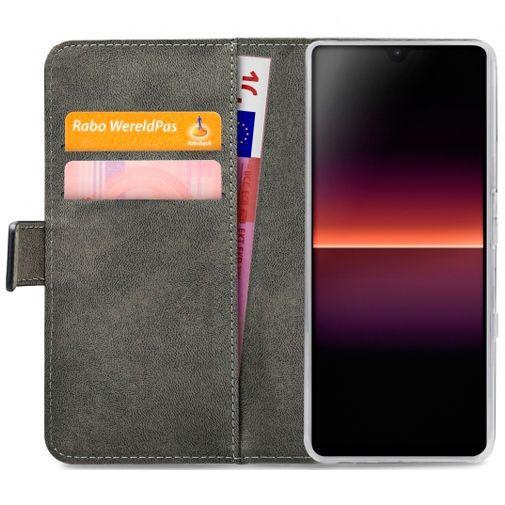 Productafbeelding van de Mobilize Classic Gelly Wallet Book Case Black Sony Xperia L4