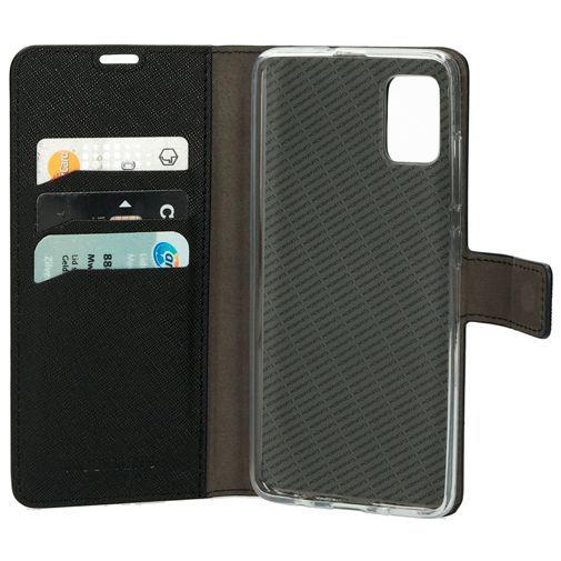 Productafbeelding van de Mobiparts Classic Wallet Case Black Samsung Galaxy A51