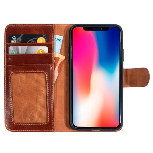 Productafbeelding van de Mobiparts Excellent Wallet Case 2.0 Brown Apple iPhone X/XS