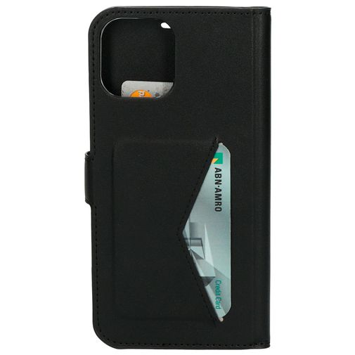 Productafbeelding van de Mobiparts PU-leer Book Case Apple iPhone 12 Pro Max Zwart