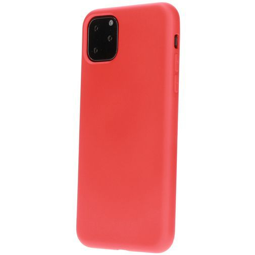 Productafbeelding van de Mobiparts Silicone Cover Red Apple iPhone 11 Pro Max