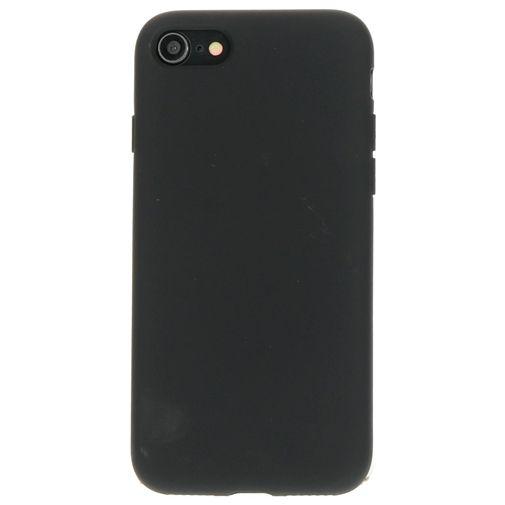 Productafbeelding van de Mobiparts Silicone Cover Black Apple iPhone 7/8/SE 2020