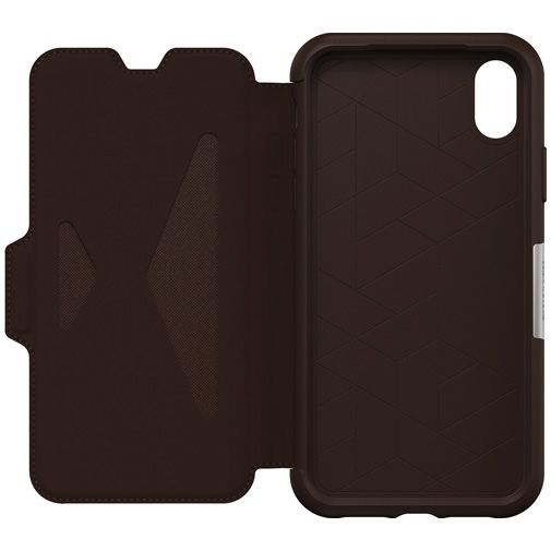 Productafbeelding van de Otterbox Strada Folio Case Brown Apple iPhone XR