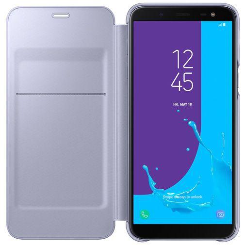 Productafbeelding van de Samsung Wallet Cover Violet Galaxy J6