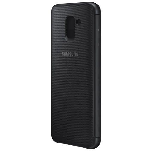 Productafbeelding van de Samsung Wallet Cover Black Galaxy J6