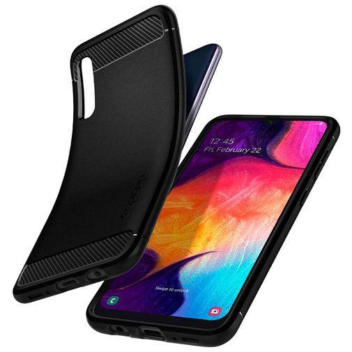 Productafbeelding van de Spigen Rugged Armor Case Black Samsung Galaxy A30s/A50