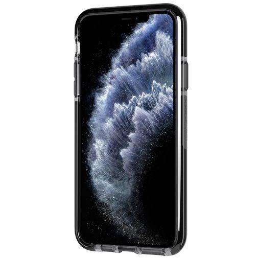 Productafbeelding van de Tech21 Evo Check Case Smokey Black Apple iPhone 11 Pro Max