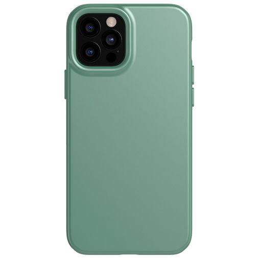 Productafbeelding van de Tech21 Evo Slim TPU Back Cover Apple iPhone 12/12 Pro Groen