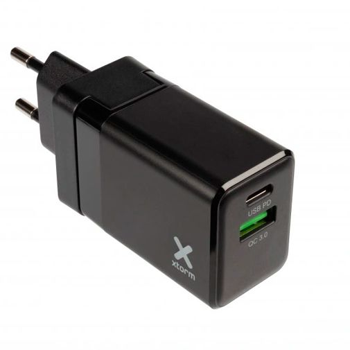 Productafbeelding van de Xtorm Volt Dual USB USB-C Snellader 20W Zwart