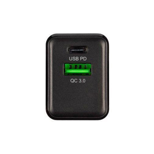 Productafbeelding van de Xtorm Volt Snellader USB + USB-C 18W + Lightning-kabel Black